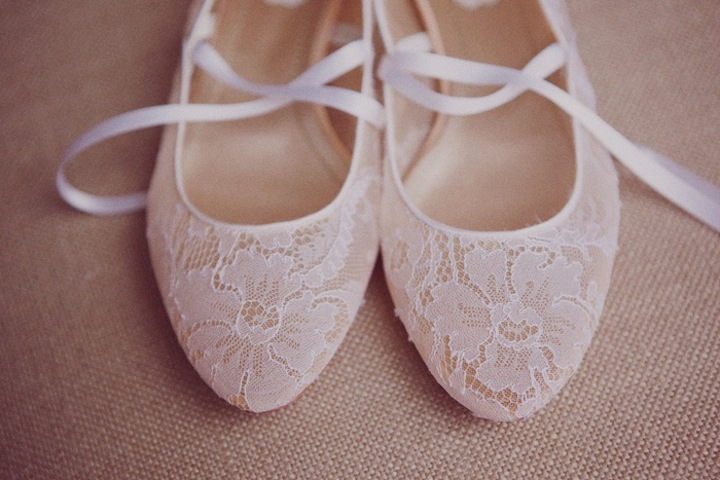 Lace-covered-wedding-shoes-ballet-flats.full