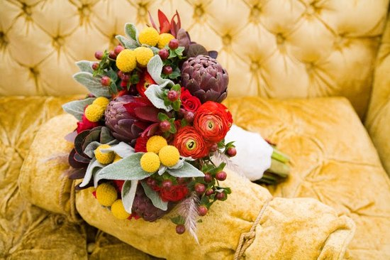 Bold Fall Bridal Bouquet