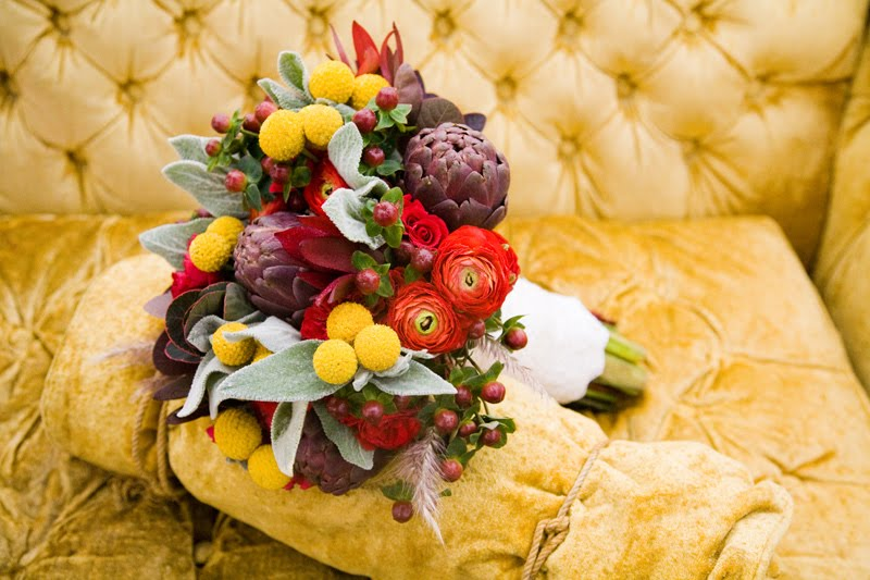 Bold-fall-bridal-bouquet.original