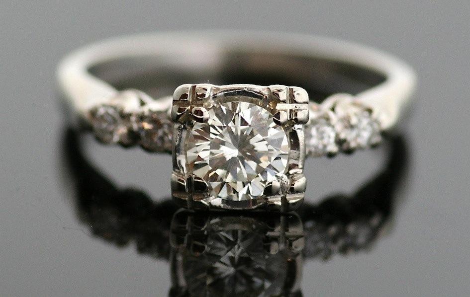 Engagement-rings-for-2013-vintage-1950s-white-gold.full