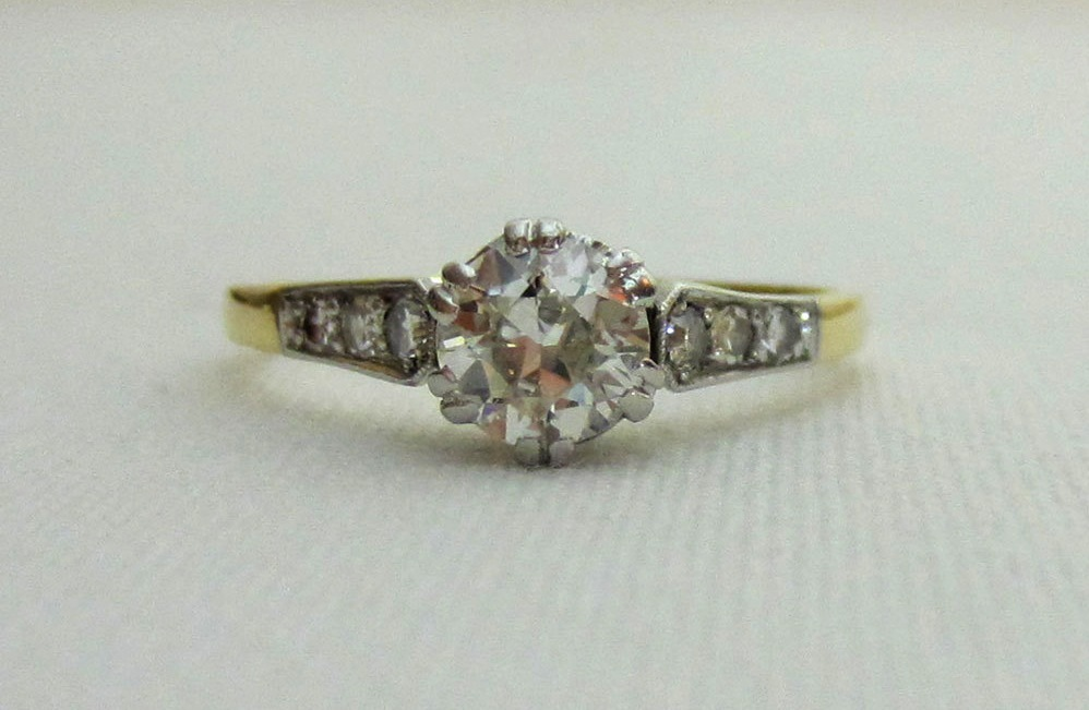 1930s vintage engagement ring | OneWed.com