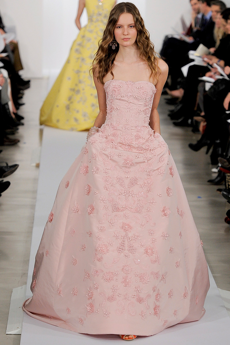 blush pink oscar de la renta ballgown. Black Bedroom Furniture Sets. Home Design Ideas