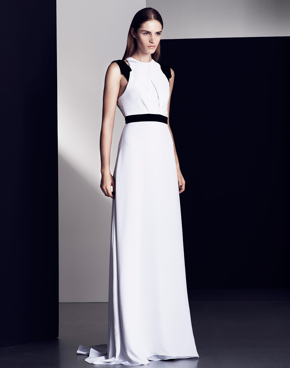Modern-sleek-wedding-dress-with-black-accents.full