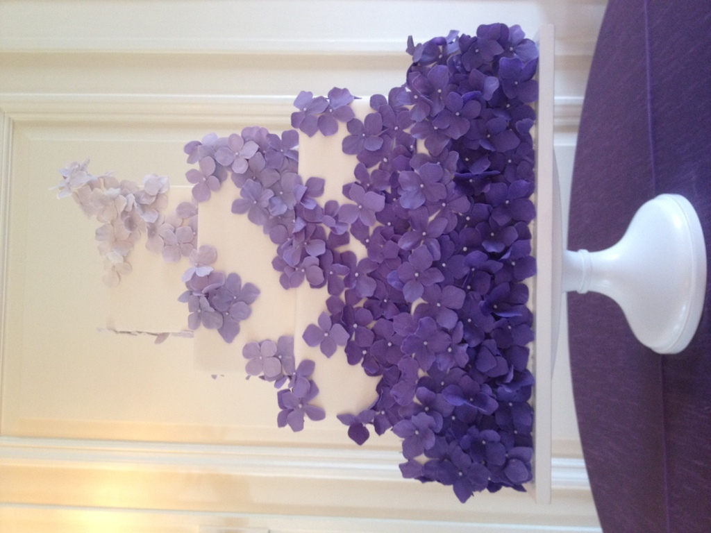 White-square-wedding-cake-with-purple-flowers.full