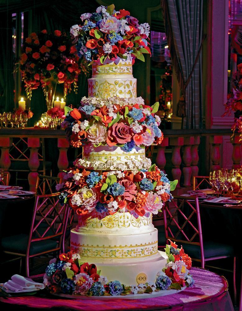 Bold-ornate-wedding-cake-by-sylvia-weinstock.full