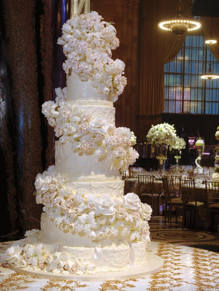 huge wedding cakes white wedding cake fit for a 16198