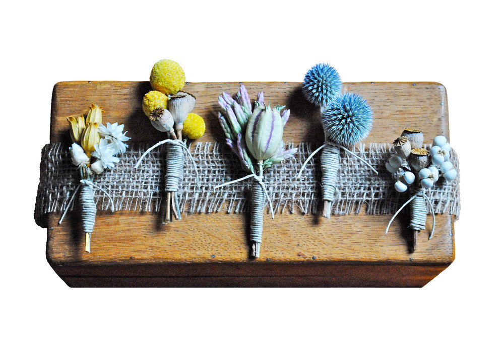 Eco-boutonnieres-for-groom-and-groomsmen.full