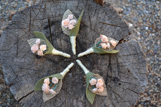 Rustic Vintage Wedding Boutonnieres