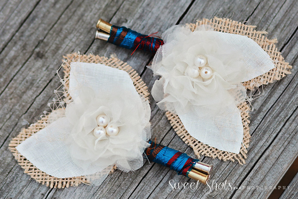 Rustic-festive-grooms-boutonnieres.full