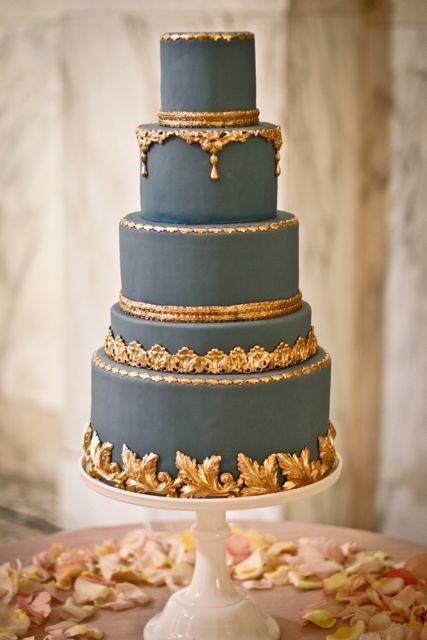 Blue-and-gold-wedding-cake.full