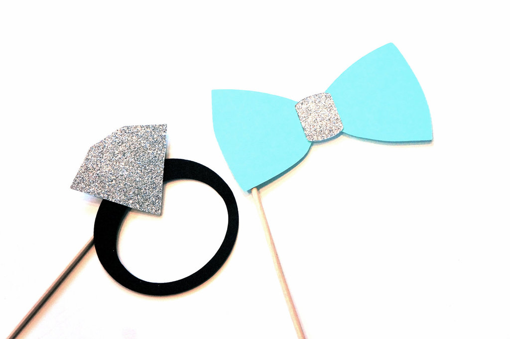 Engagement-ring-and-bow-tie-photobooth-props.full