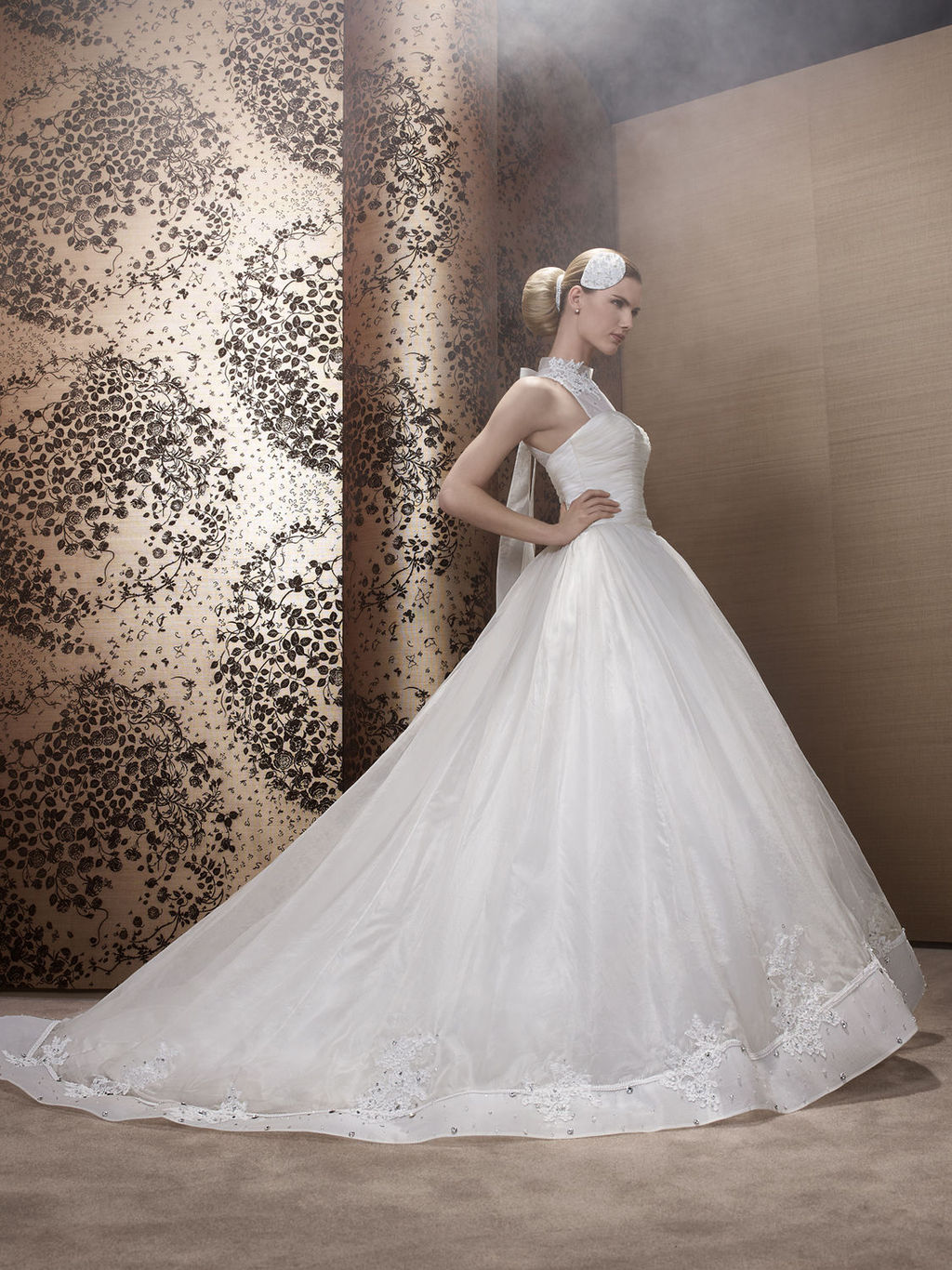 2013-wedding-dress-by-pronuptia-creations-in49.full