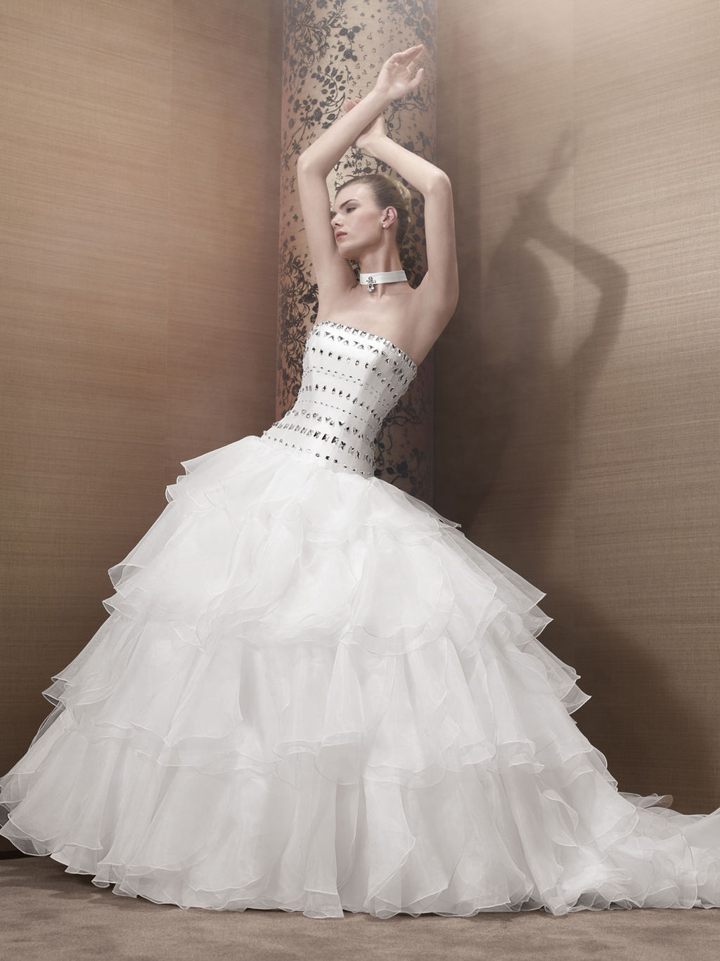 2013-wedding-dress-by-pronuptia-creations-kh85.full