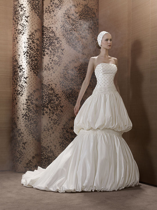 2013 Wedding Dress by Pronuptia Creations KH58