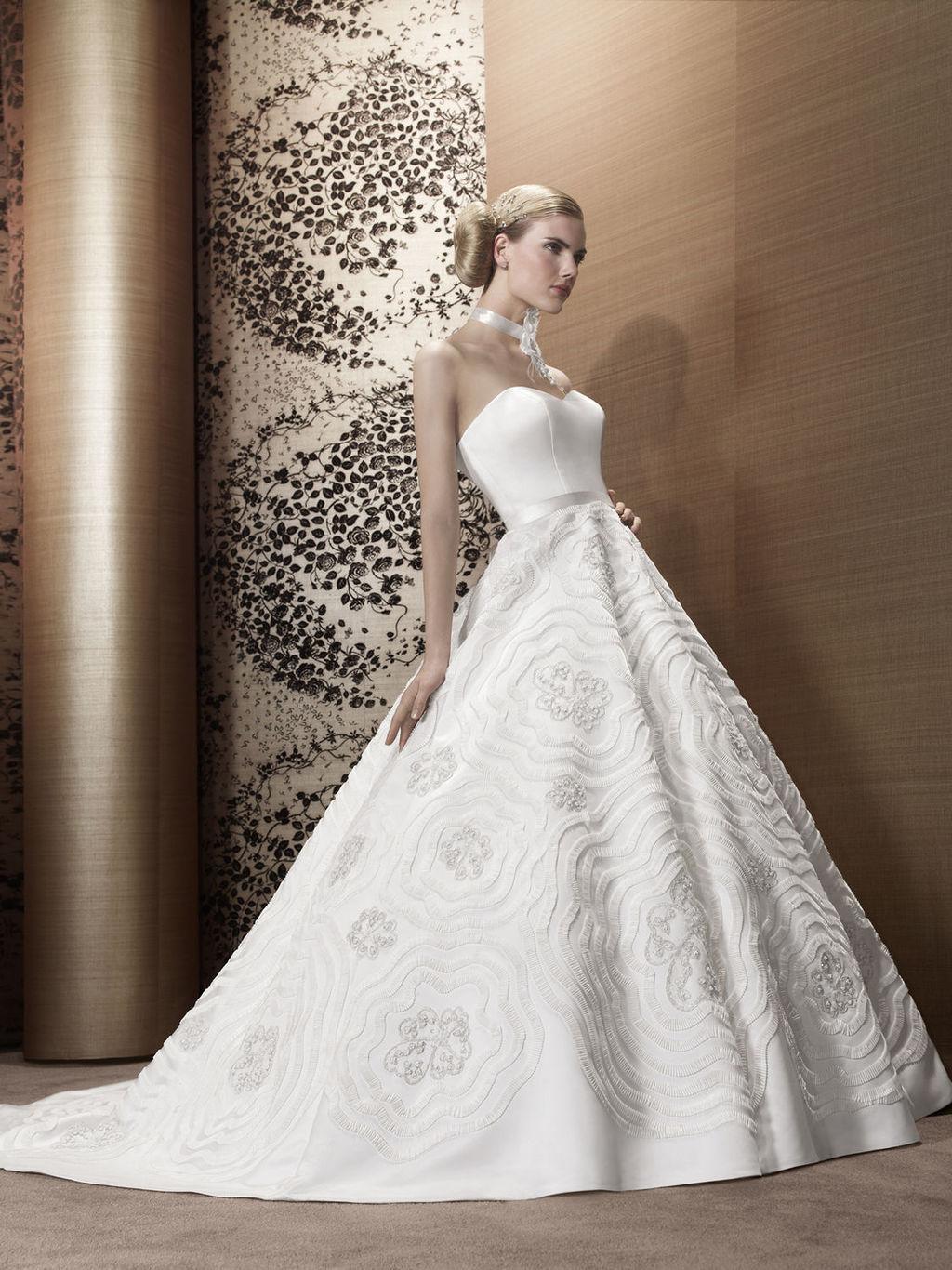 2013-wedding-dress-by-pronuptia-creations-lb49.full