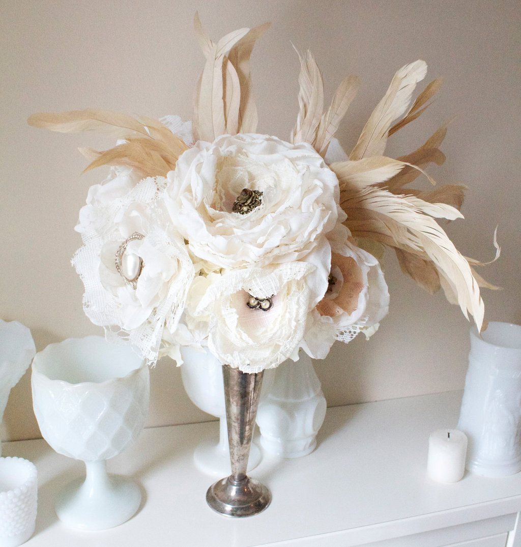 Wedding-flower-alternative-fabric-feather-centerpie_e.full