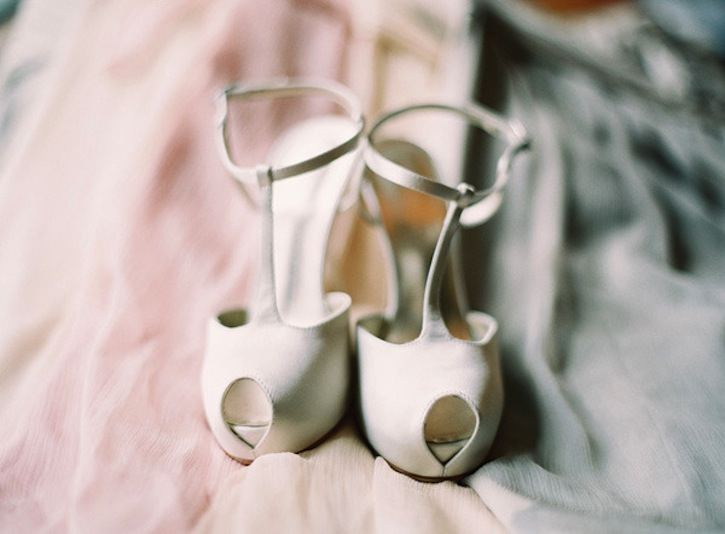 Neutral-wedding-colors-elegant-timeless-style-peep-toe-shoes.original