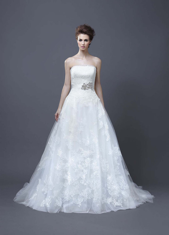 2013 Wedding Dress by Enzoani Bridal Halo
