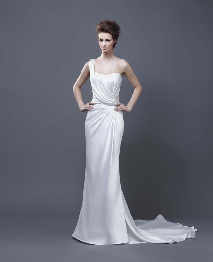 photo of 17 Beautiful Wedding Gowns from Enzoani, 2013