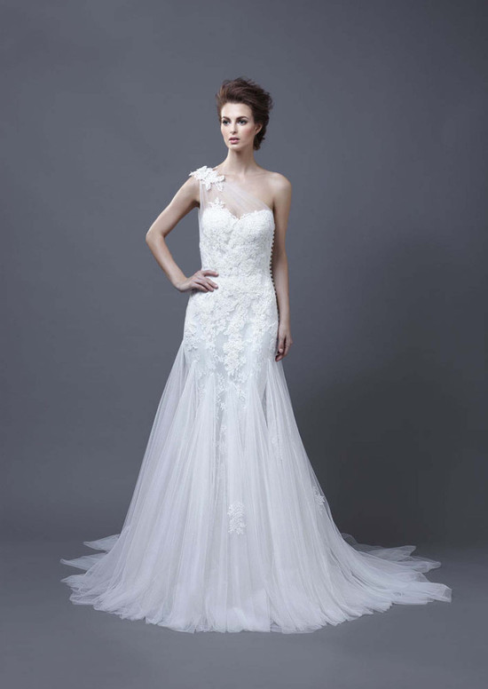 2013 Wedding Dress by Enzoani Bridal Heli