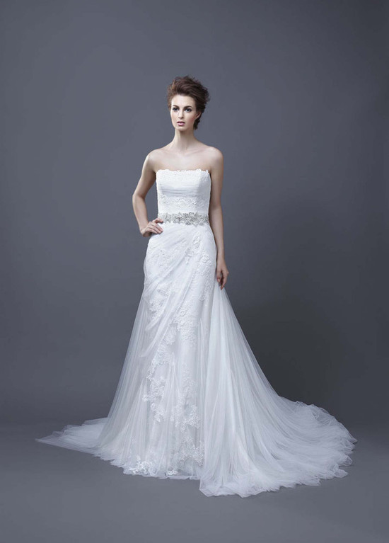 2013 Wedding Dress by Enzoani Bridal Helen