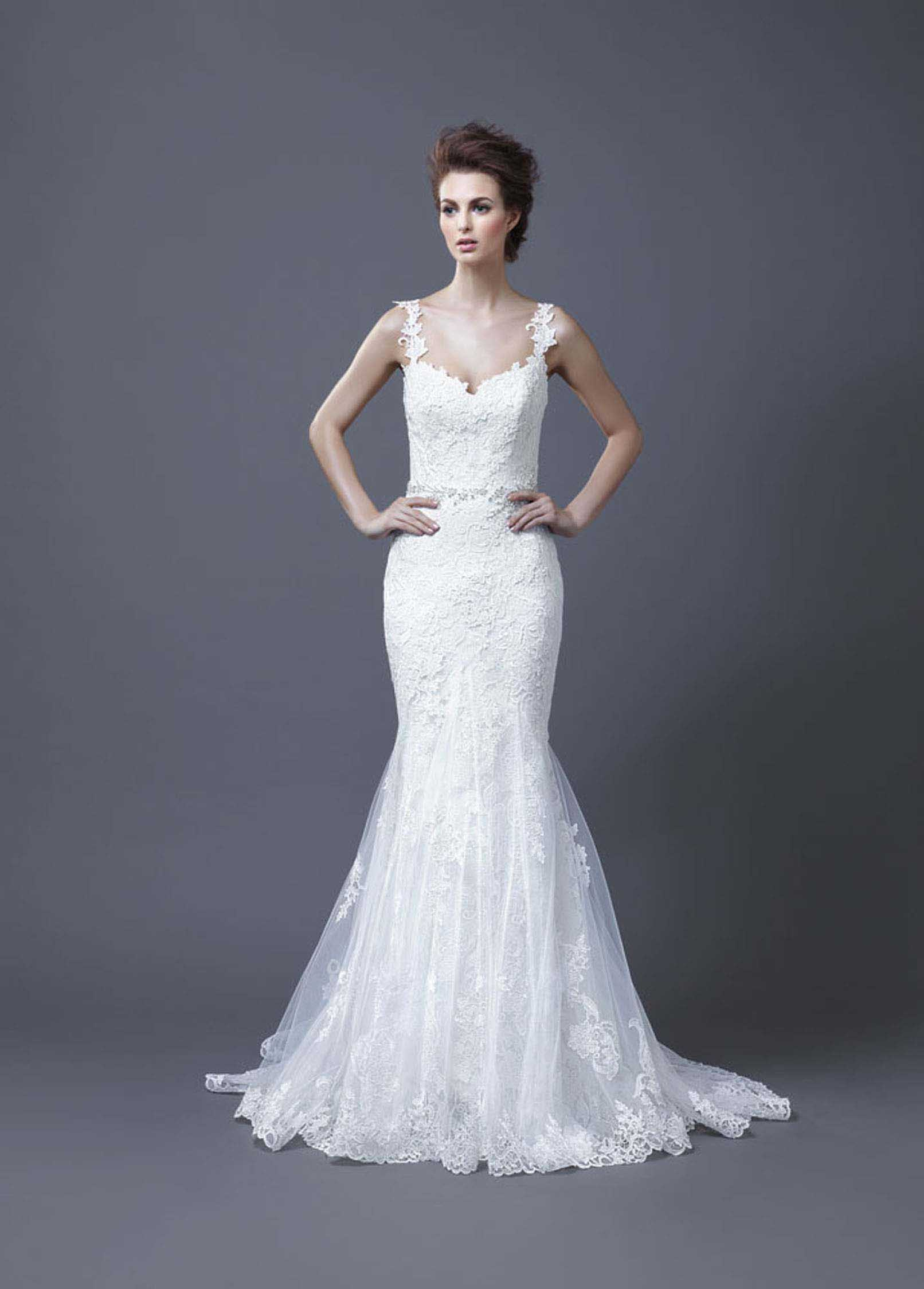 2013-wedding-dress-by-enzoani-bridal-hanako.original