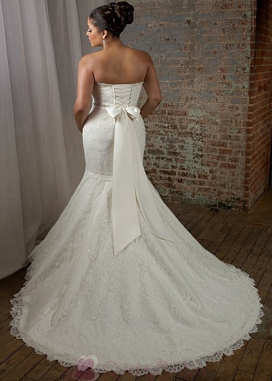 gorgeous-tulle-satin-mermaid-strapless-sweetheart-necklqine-plus-size-wedding-dress-with-lace-appliques-beadings-and-manm-w1923