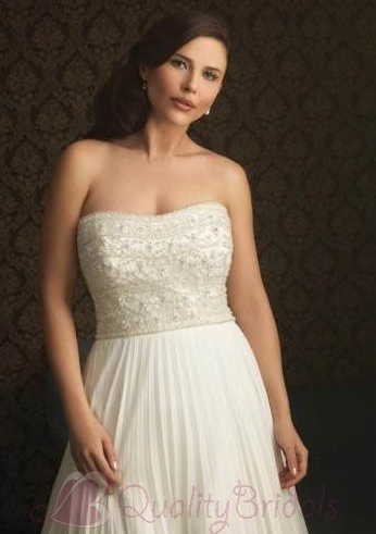 Ivory-Chiffon-Strapless-Fully-Beaded-Bodice-A-line-Silhouette-Wedding-Dress-W1317