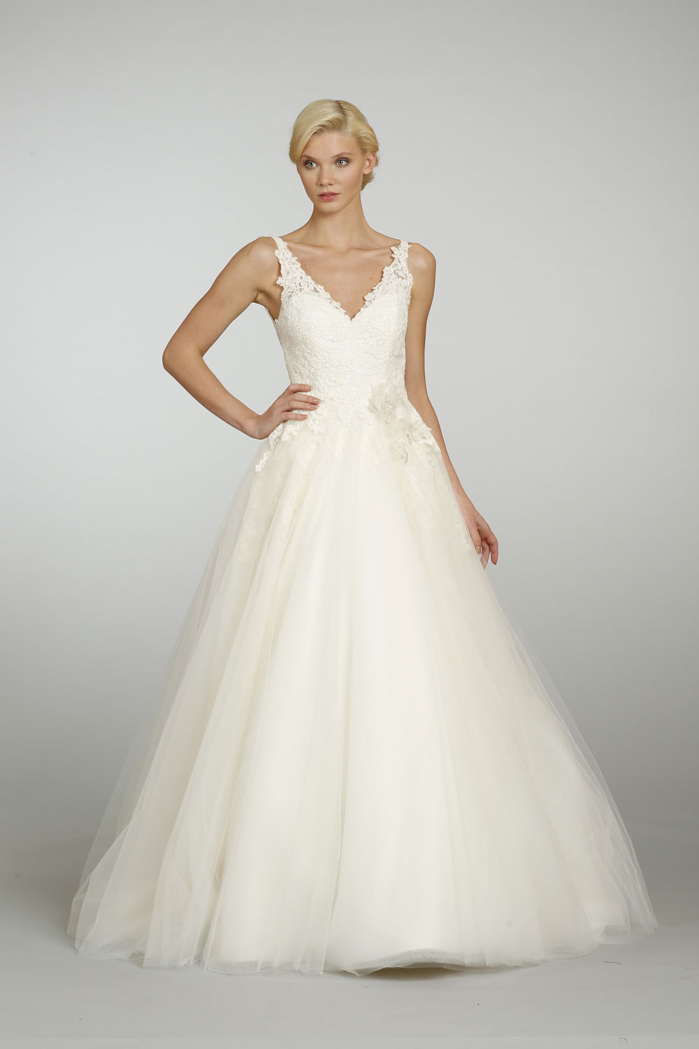 Spring-2013-wedding-dress-alvina-valenta-bridal-9301.full