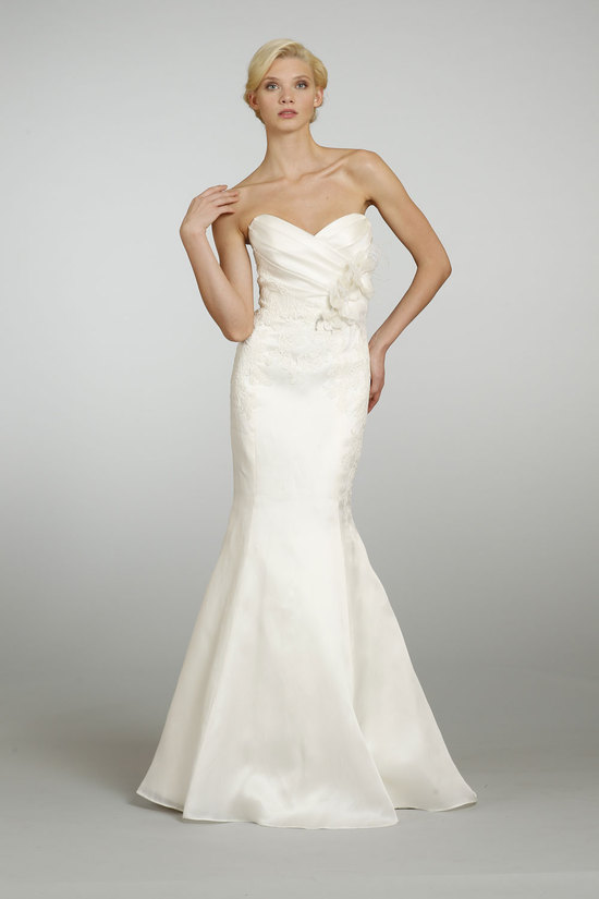 Spring 2013 Wedding Dress Alvina Valenta Bridal 9304