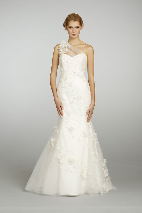 Spring 2013 Wedding Dress Alvina Valenta 9316