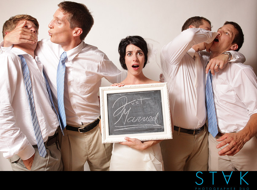Funny-wedding-photo-booth-moments-bride-looking-worried.full