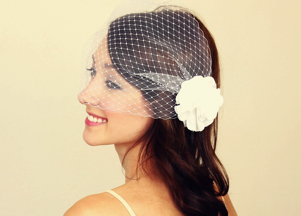 Classic-birdcage-veil-bridal-blusher.full
