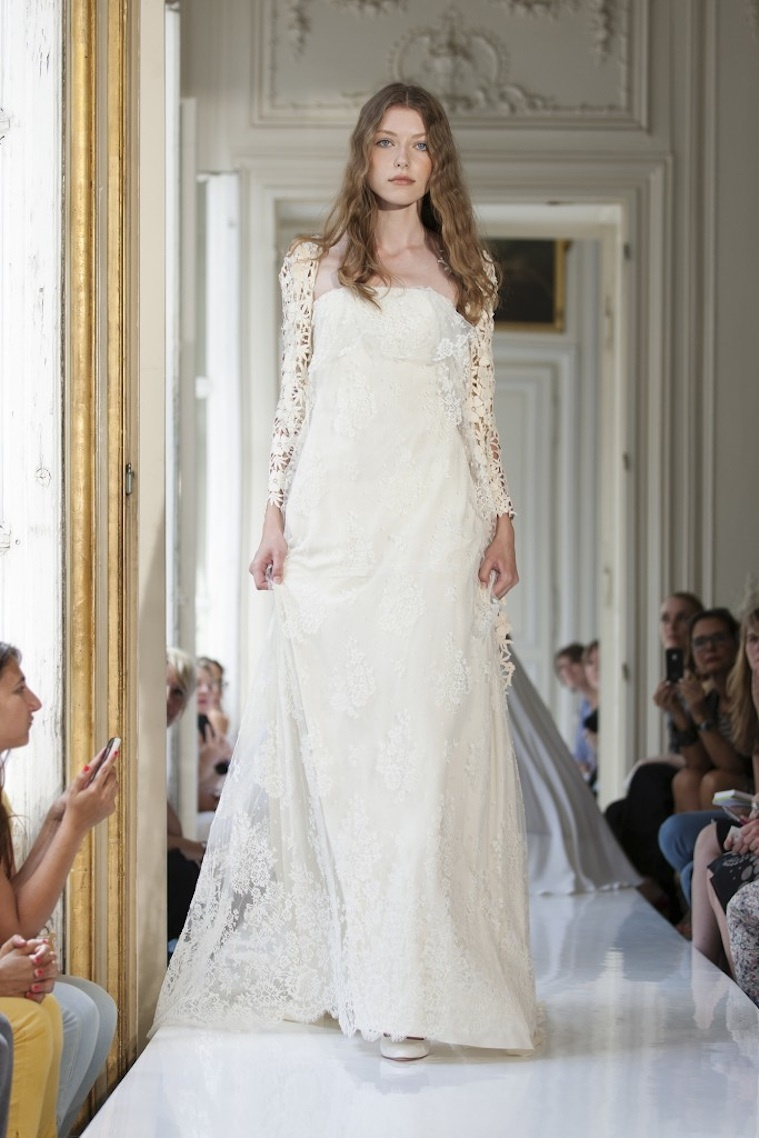 2013-wedding-dress-by-delphine-manivet-french-bridal-maenard.full