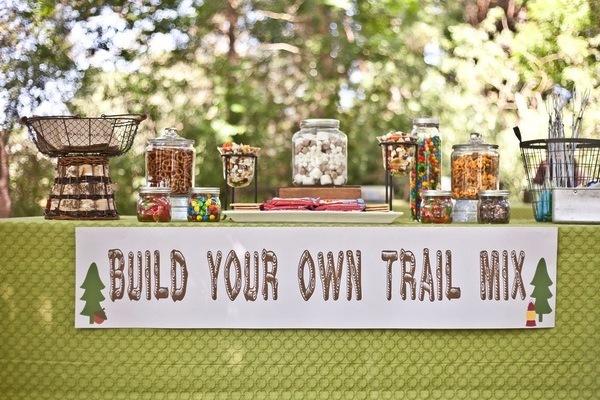 Trail-mix-bar.full