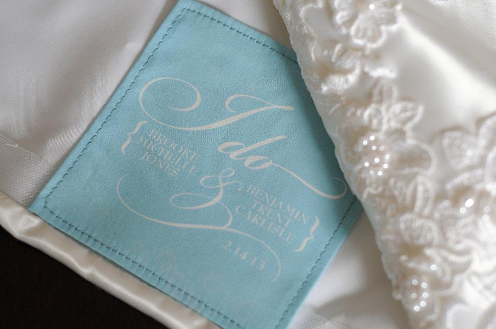Something-blue-wedding-dress-label.full