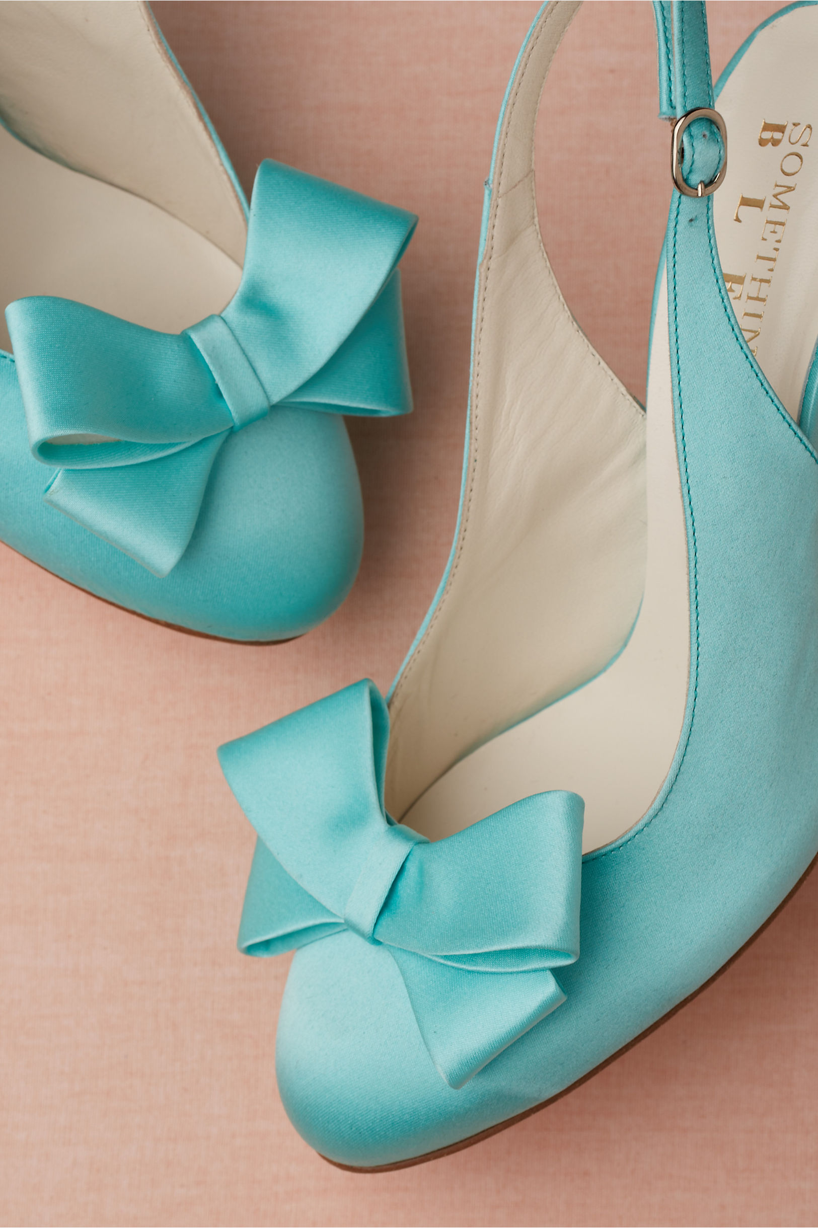 wedding dress with turquoise shoes 108
