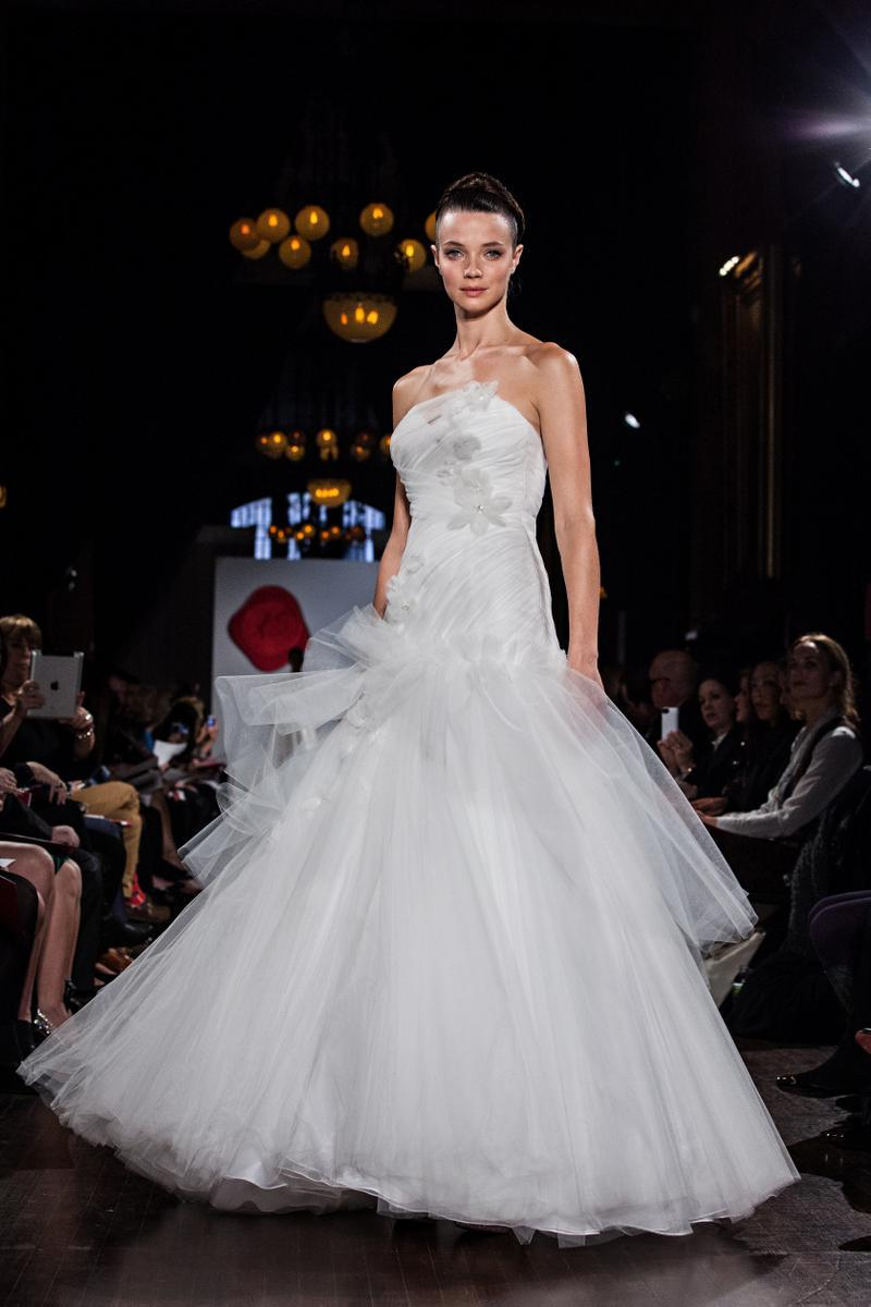 Austin-scarlett-wedding-dress-2013-bridal-as13.full