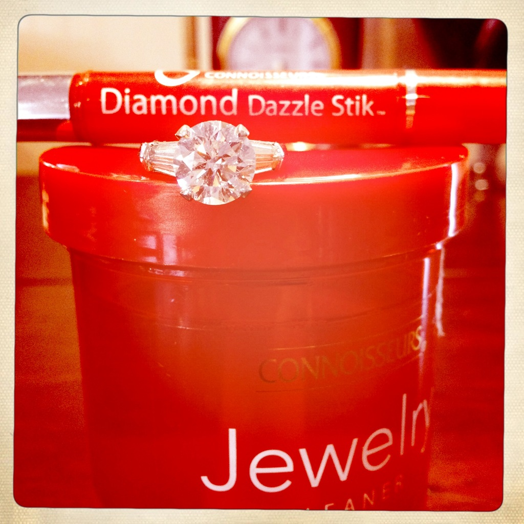 Products-to-care-for-the-engagement-ring-3.full