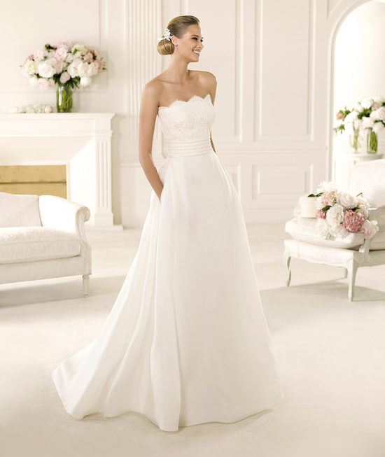 2013 Manuel Mota Wedding Dress for Pronovias
