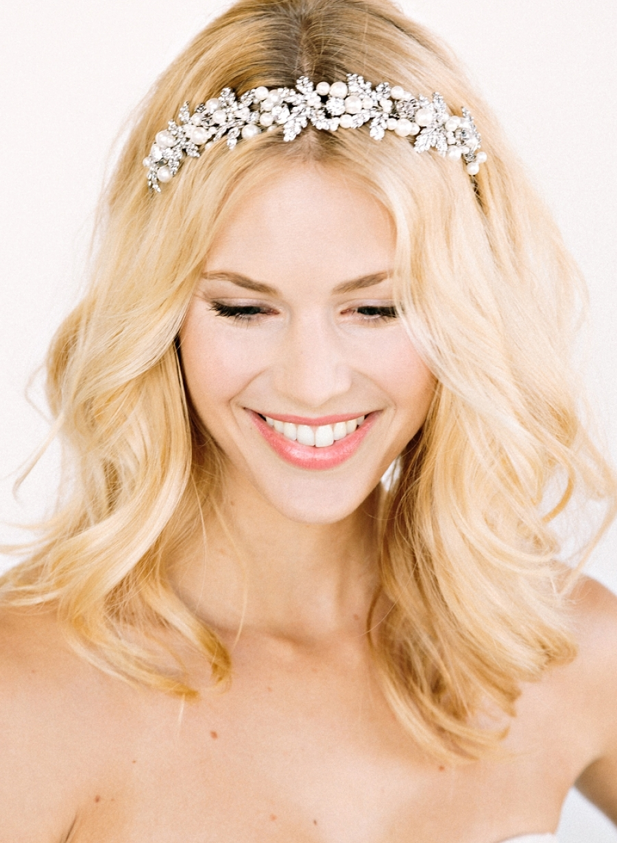 Pearl-and-rhinestone-bridal-headband.full