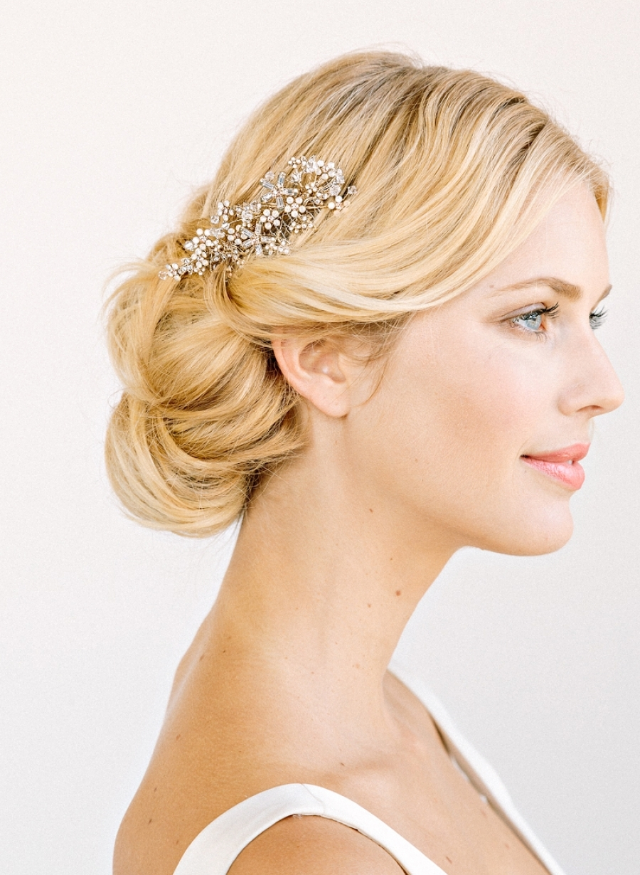 Romantic Crystal and Pearl bridal hair comb