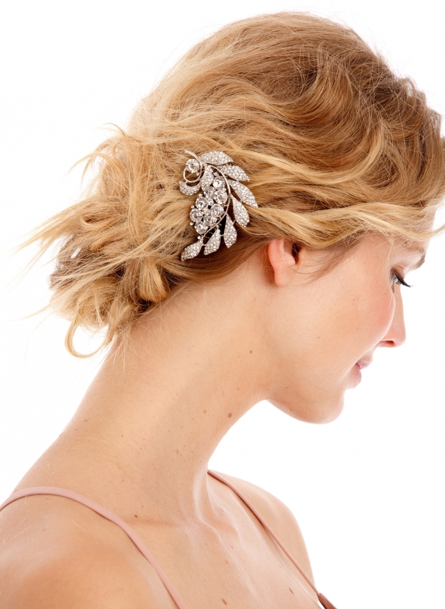 Vintage-inspired-bridal-hair-comb.full