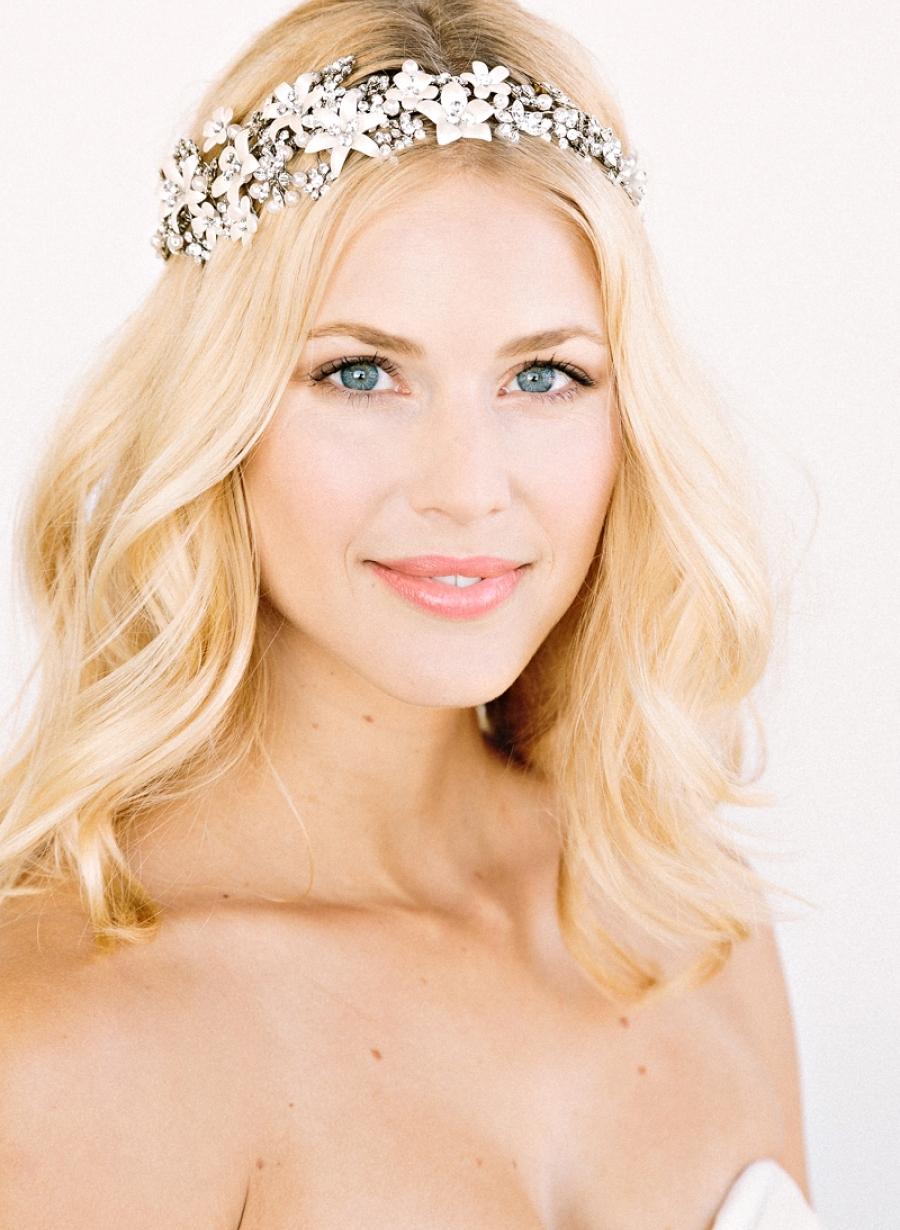 Floral-pearl-bridal-head-crown.full