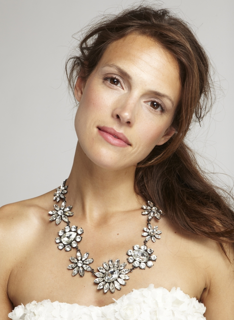 Statement-wedding-necklace-crystal-flowers.full