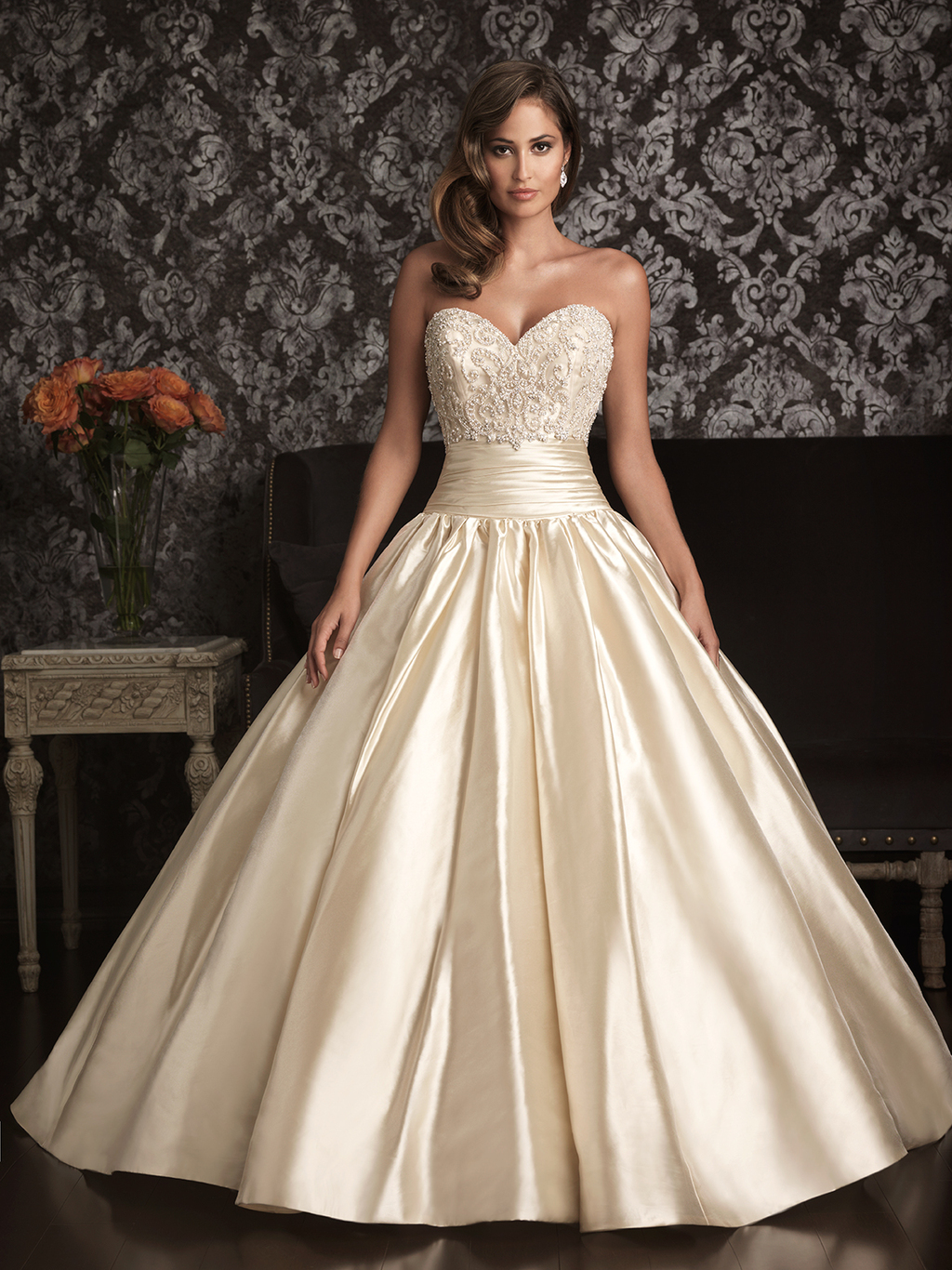Allure Bridals Wedding Dress Bridal Gown Allure Collection Sweetheart 9001F