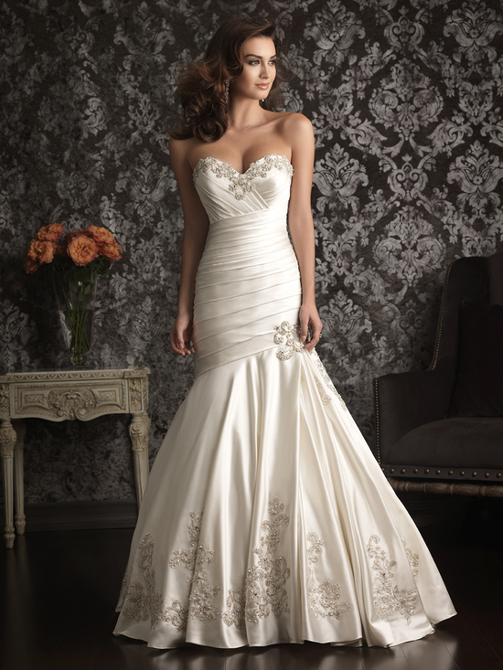 Allure Bridals Wedding Dress Bridal Gown Allure Collection Sweetheart 9024F
