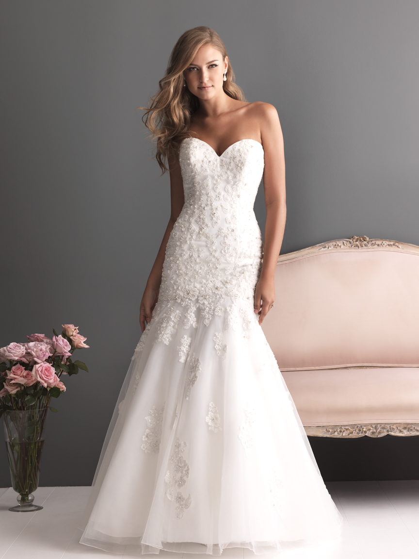 Allure-bridals-wedding-dress-bridal-gown-romance-collection-sweetheart-2613f.full