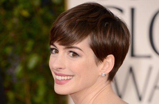 Short Wedding Hairstyles Sleek Pixie Anne Hathaway Golden Globes 2013