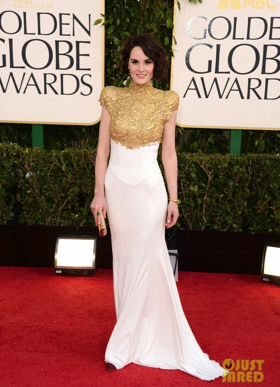 michelle dockery golden globes 2013 red carpet 02